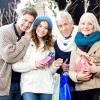 Що подарувати на різдво батькам, або як порадувати дорогих і близьких серцю людей