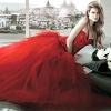 Яскрава альтернатива білому вбрання нареченої - червоне весільну сукню