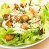 Як готувати салати з сухариками