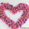 Як зробити серце з цукерок?