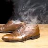 Як усунути запах з взуття