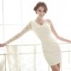 Універсальне сукню-футляр - витонченої простоти екземпляр