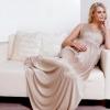 Вечірня сукня для вагітних, або як правильно підкреслити своє цікаве положення